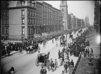 Easter 1900 - 5th Ave New York, NY